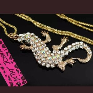 Betsey Johnson Jewelry - New Betsey Johnson Rhinestone Bling Gecko Pendant